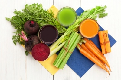 The Pros and Cons of Juicing Cleansing